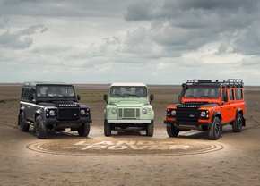 land-rover-defender-celebration-series_01