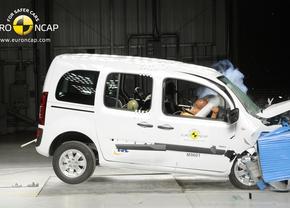 Mercedes roept 3.500 Citans en 272 GL-klasses terug