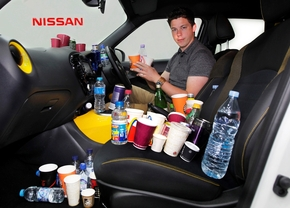 nissan-cupholder-tests_2