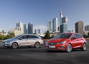 opel-astra-sports-tourer-2015_9