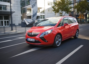 Opel Zafira Tourer krijgt krachtige BiTurbo diesel