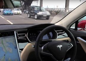 tesla-autopilot-system