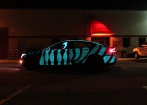 tesla-glowing