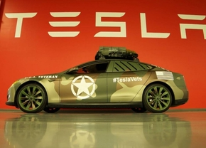 tesla-model-s-veterans-day_03