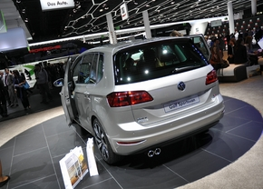 volkswagen-golf-sportsvan-iaa-3_b