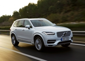 157806_the_new_volvo_xc90_t8_twin_engine_petrol_plug_in_hybrid_driven_in_tarragona