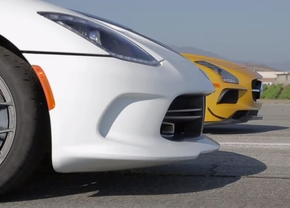SRT Viper vs SLS AMG BlackSeries