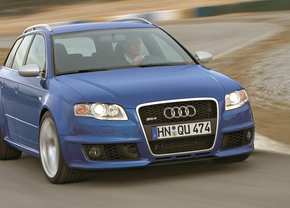Audi-RS4-B7