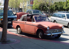 car-old-on-market-st-san-francisco