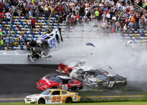 Daytona crash regan smith 2013