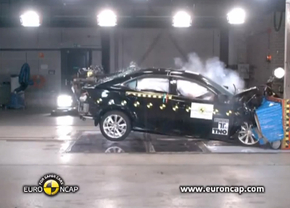lexus-IS300h-crashtest-euroncap-september-2013