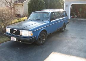 Volvo 240 voor 17 dollar