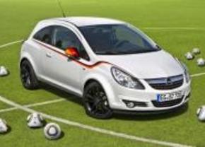 Speciale WK-reeksen bij smart en Opel