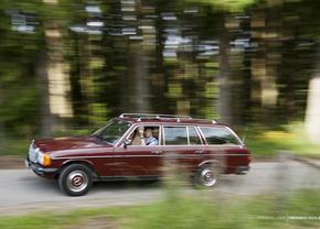 Vrijdag-Fandag-Mercedes-W123-230TE