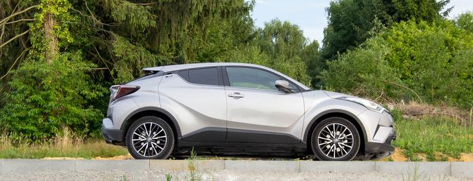 toyota-chr-hybrid-2017