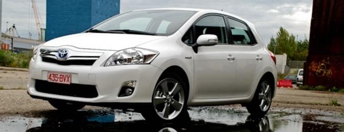 Rijtest Toyota Auris Hsd 2010
