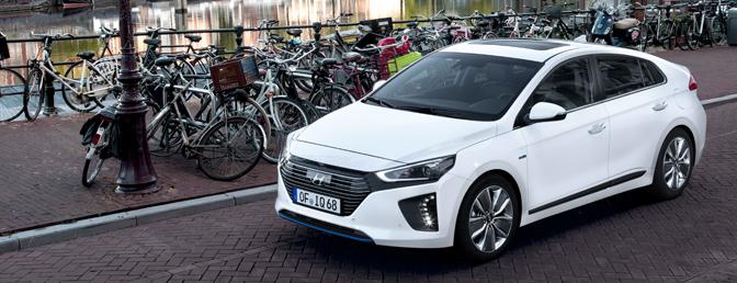 Hyundai-Ioniq-hybrid-rijtest_01