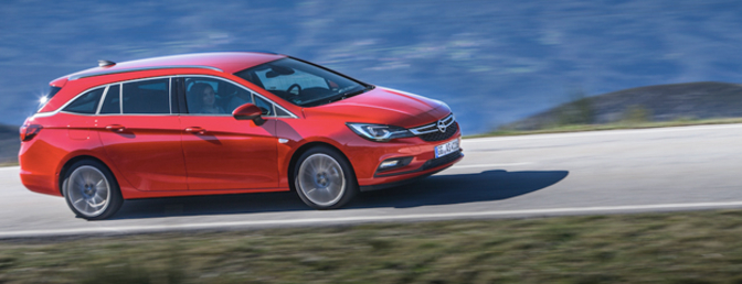 opel-astra-sports-tourer-rijtest-2016